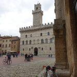 Pause auf dem Hauptplatz in Montepulciano
