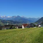 Schwyz am Sonntagmorgen bei bestem Wetter