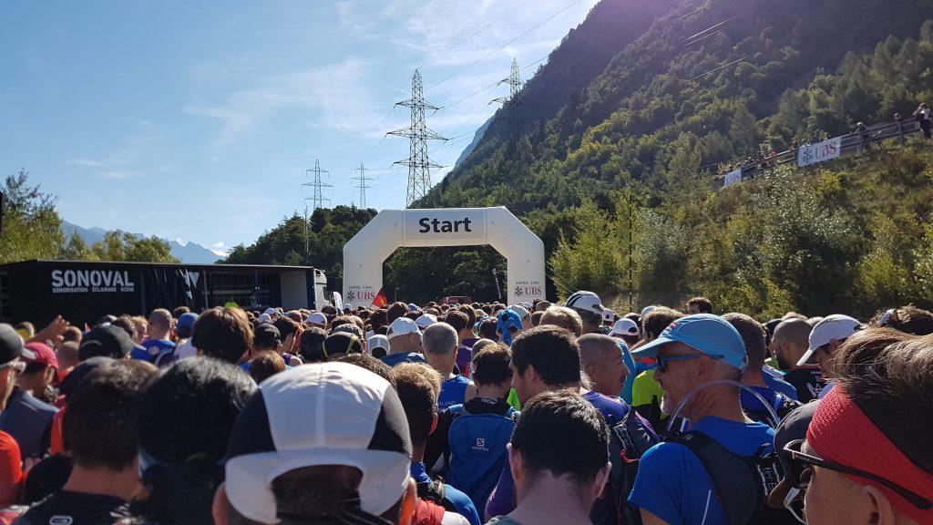 Am Start von Sierre-Zinal mit 1300 weiteren Läufern