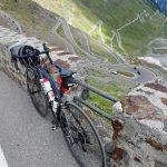 Mit dem Rennrad über die zweithöchste Passstrasse der Alpen - jedoch wohl die spektakulärste